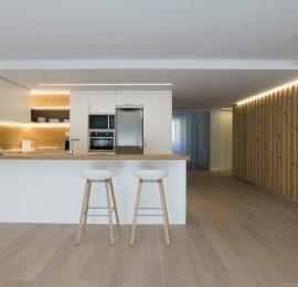 ¡Más madera! Reforma integral de vivienda